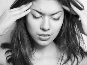 Living with Migraine Headaches: Treatment & Prevention Tips