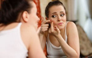 Acne Advice: Skin Care Solutions For Both Teens and Adults Alike